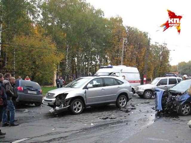 Кадры жуткой аварии на пр.Гагарина в Нижнем Новгороде 29 сентября