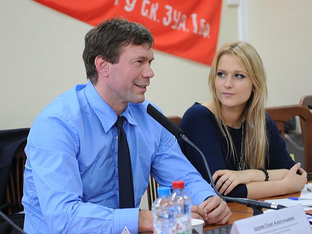 Олег Царев в Волгограде: Нам нужны добровольцы отстраивать Донбасс