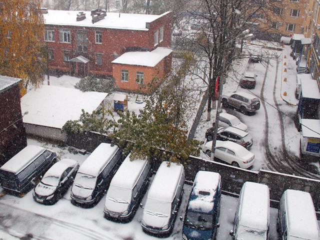 Экстренное предупреждение от МЧС: из-за снега и гололеда в Нижнем будут пробки и ДТП