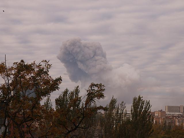 Украинская артиллерия нанесла удар ракетой «Точка У» по химзаводу