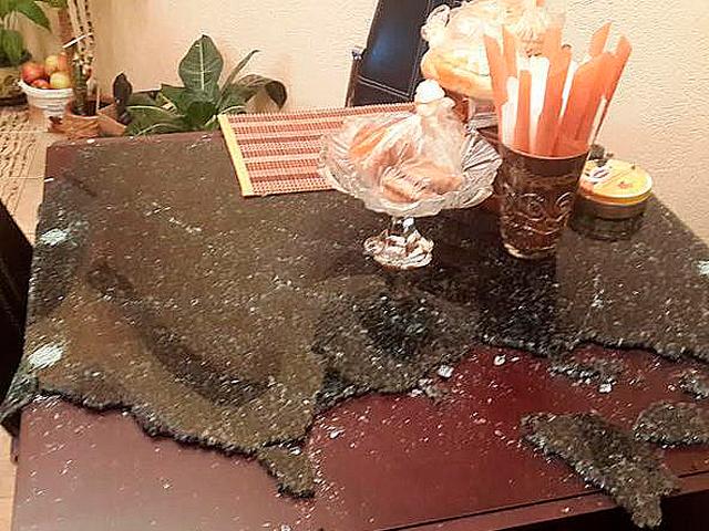 В квартире минчанки ночью взорвался стол