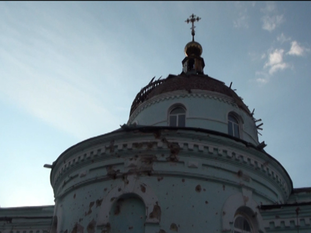 Деревня Новосветловка, стоящая на Дороге  жизни к погранпереходу Изварино