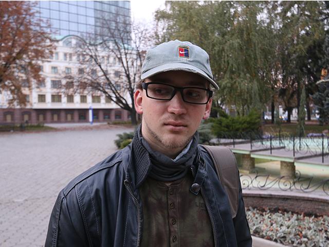 Украинский журналист Роман Гнатюк: Фразу «Я пришел защищать свою землю» слышу с обеих сторон...