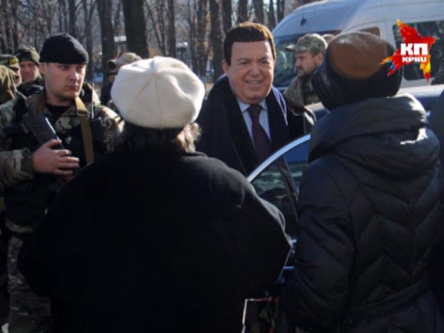 Иосиф Кобзон приехал с концертом в Луганск