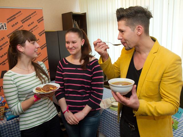 Как студенты накормили ТЕО