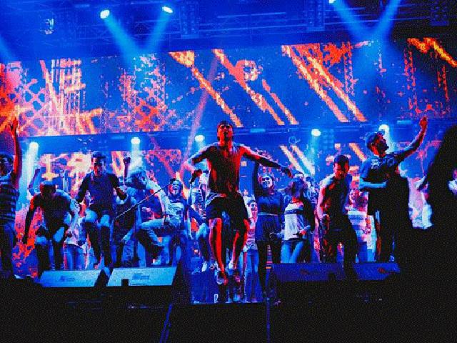 Макс Корж в Минске: Дворец Спорта пел хором