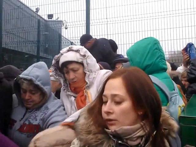 Ужасная давка на украинско-польской границе