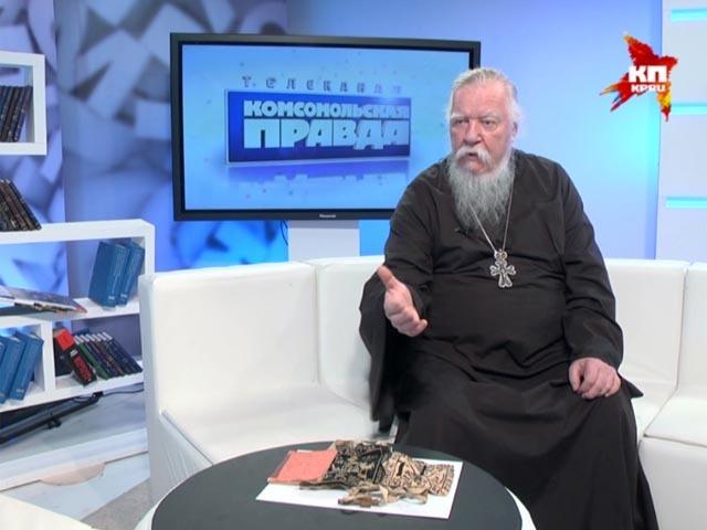 Протоирей Дмитрий (Смирнов): Параман дается монаху при постриге, как знак того, что человек носит на себе Христа, и ради него отрекается от мира, и для мира умирает