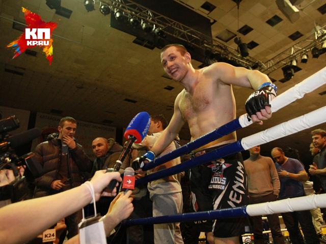 Интервью после боя - Джефф Монсон и Илья Щеглов (28 ноября 2014 год)