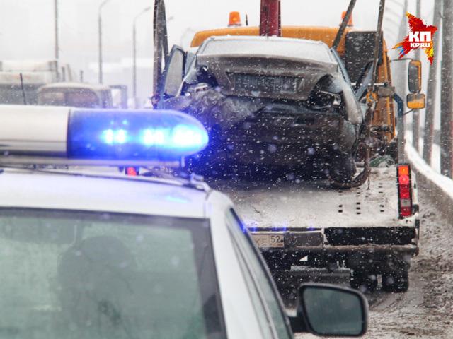 Пять авто столкнулись на Мызинском мосту 10 декабря