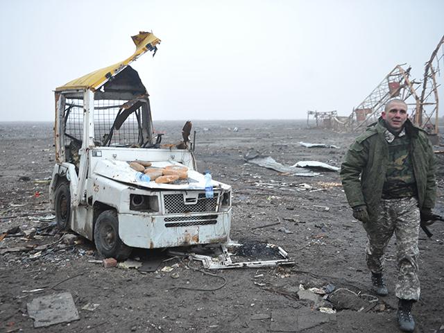 Донецкий аэропорт в первые часы  после вывода украинских войск [Эксклюзив КП]