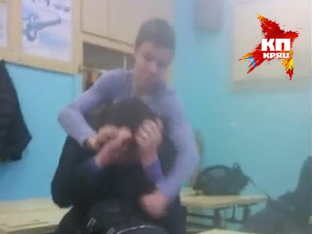 Восьмиклассник из Нижнего душил одноклассников и снимал происходящее на видео