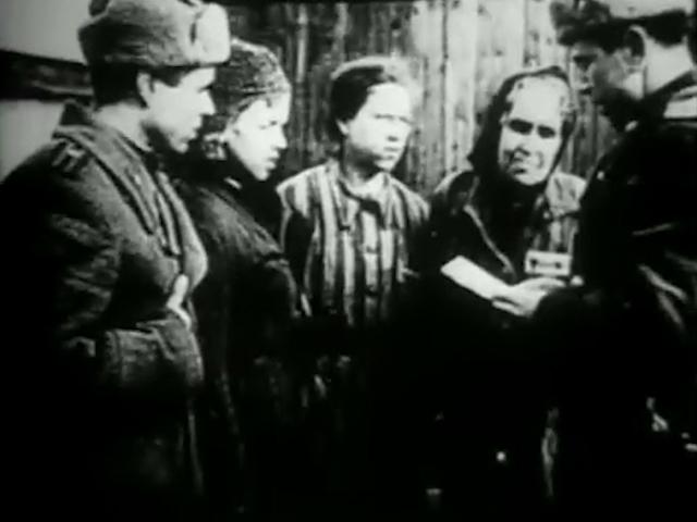 27 января 1945 года Красная Армия освободила лагерь смерти Освенцим