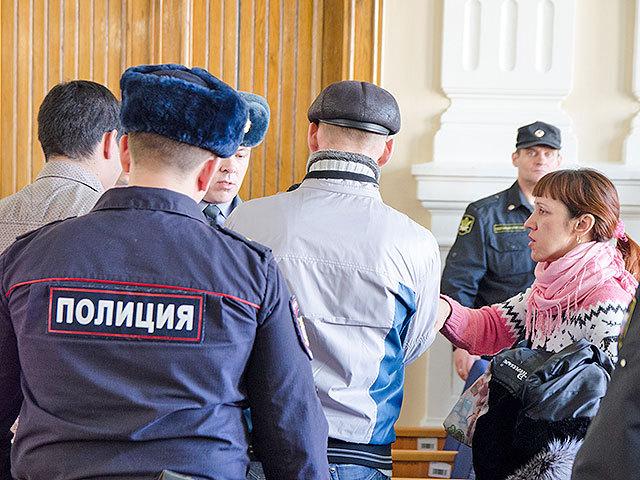 Таксист, который подвозил Назарова и убитых школьниц, получил строгий приговор