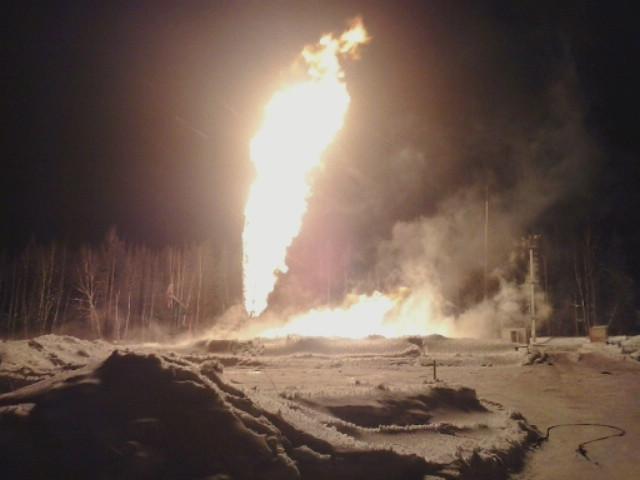 В Пермском крае горит нефтяная скважина