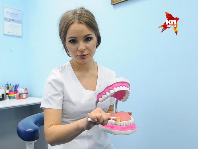 Как правильно чистить зубы, чтобы их не потерять