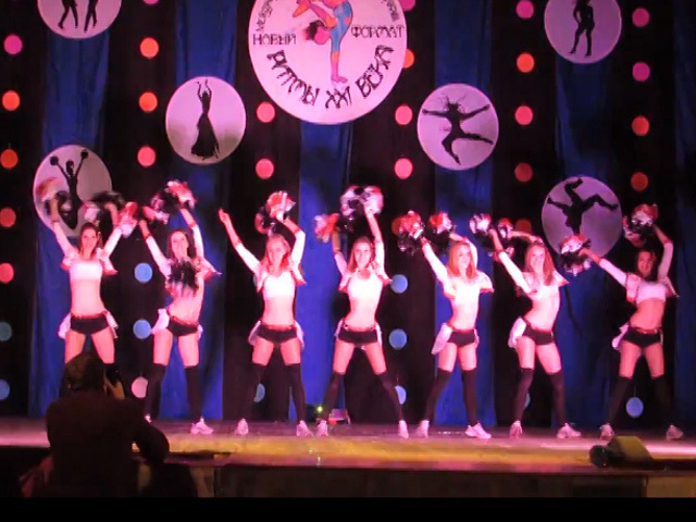 Гродненские девушки-чирлидеры стали победителями международного танцевального фестиваля-конкурса