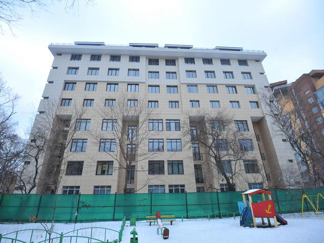В столице проходит необычная реконструкция старых 3-5 этажных хрущевок