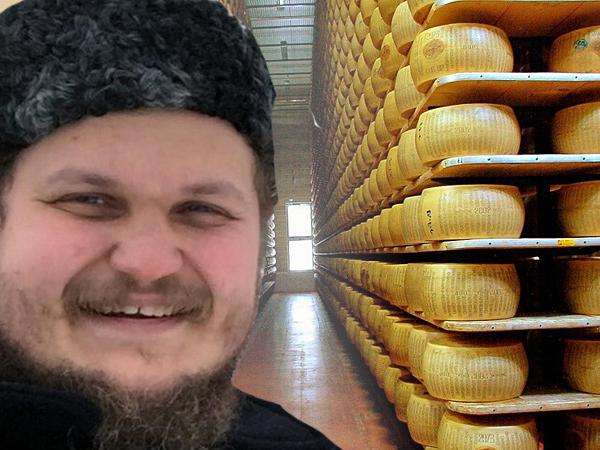 Свой ответ я на санкции дам: Страна получит русский пармезан!
