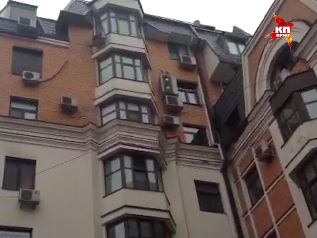 До своего дома Борис Немцов не дошел порядка километра