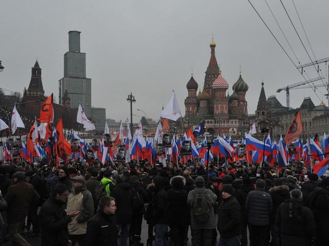 В центре Москвы завершился марш памяти Бориса Немцова