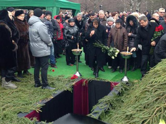 На Троекуровском кладбище простились с  Борисом Немцовым