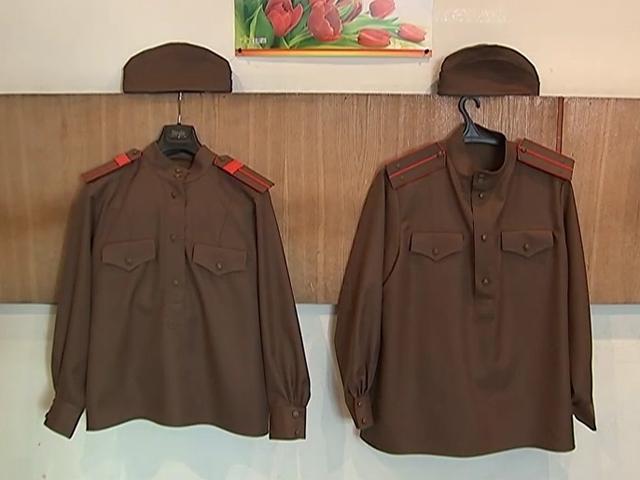 Советским ветеранам в Канаде пошили форму победителей