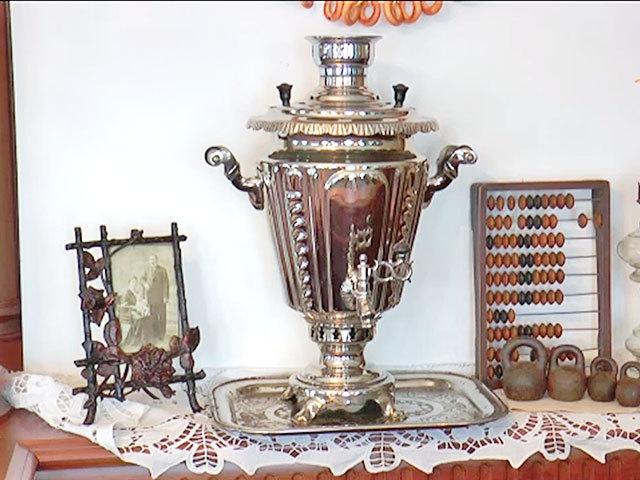 В самарском музее есть чашки, из которых пил Ленин и подлинный рояль матери Ильича