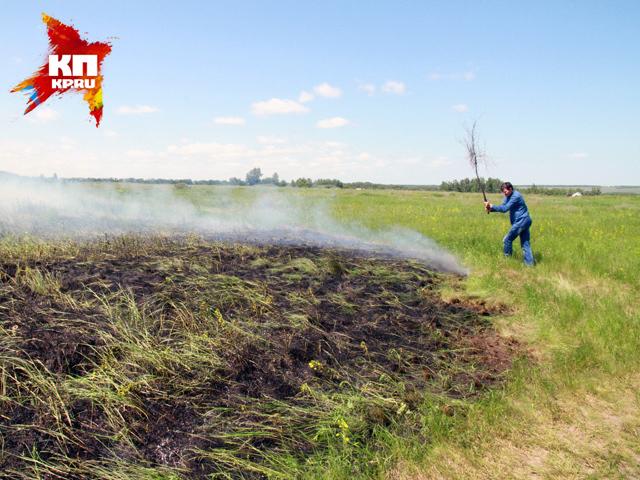 Под Барнаулом на месте бывшей ракетной воинской части горят поля