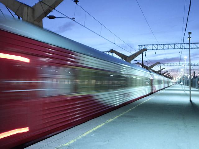 Первому поезду класса люкс в России исполняется 10 лет!
