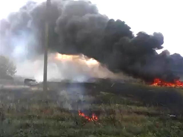 В интернете опубликовано новое видео сбитого Boeing 777 под Донецком
