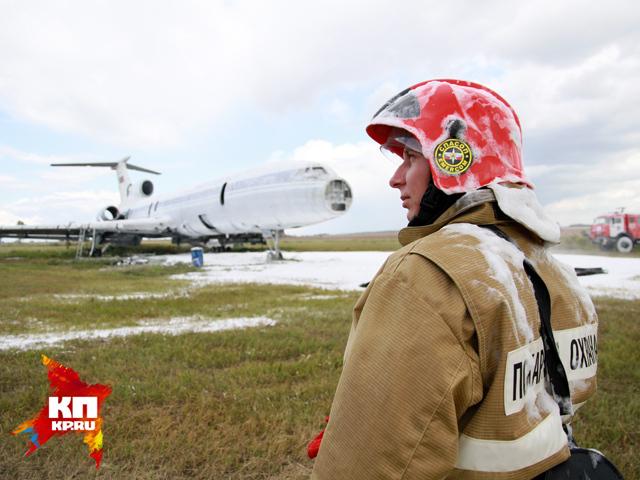 В Барнаульском аэропорту «горел» самолет