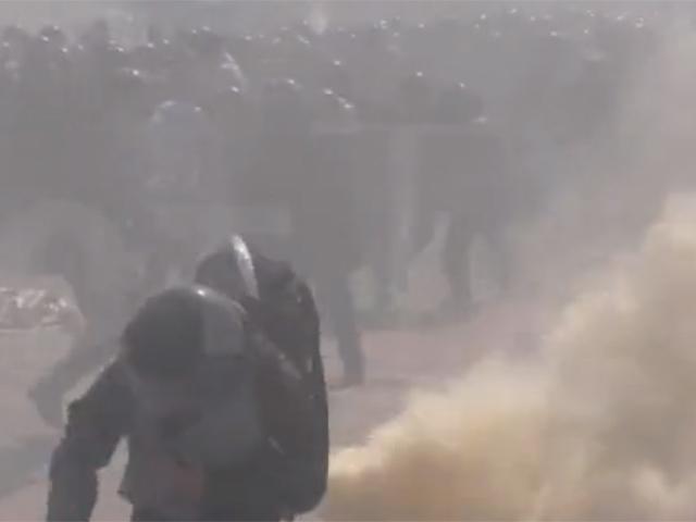 Видео убийства силовика у Верховной Рады в Киеве