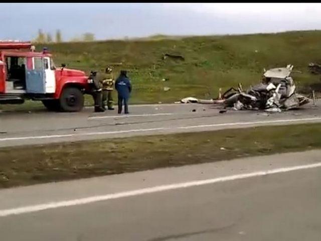 В аварии на трассе в Кузбассе погибли пять человек