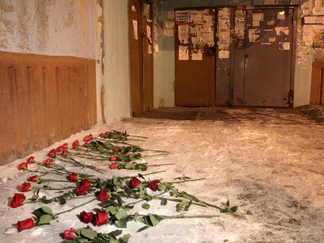 Женщина выбросилась из окна 8 этажа вместе с двумя своими детьми в Иркутске