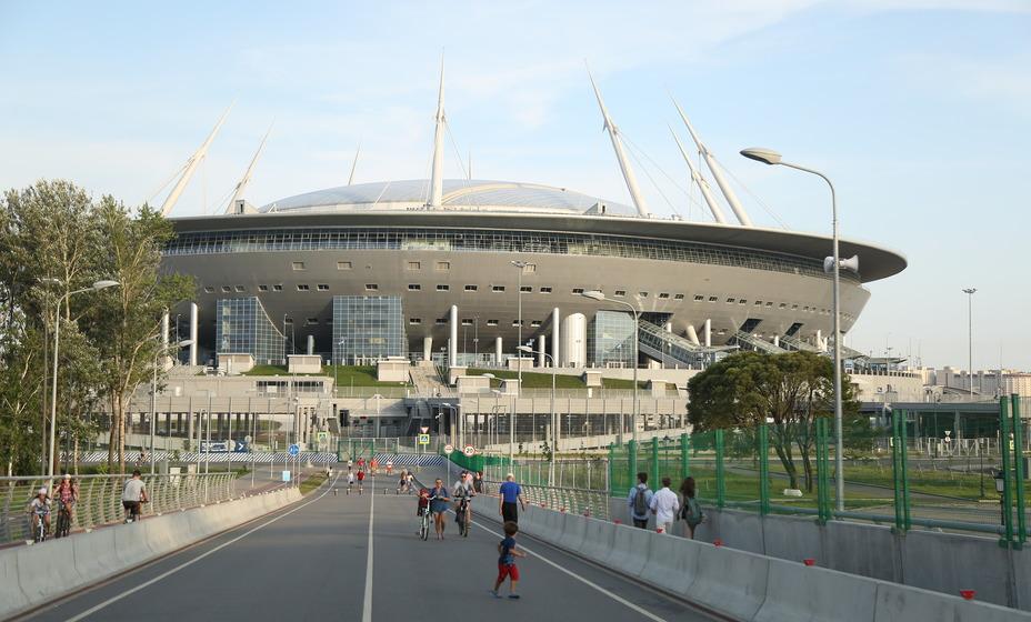 Санкт-Петербург может лишиться оставшихся матчей Евро-2020, но точно не лишится чемпионата России. Фото: Александр Глуз