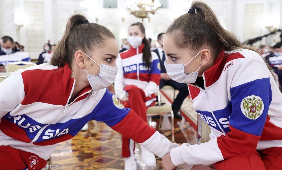 Гимнастки Дина и Арина Аверины. Фото: ТАСС