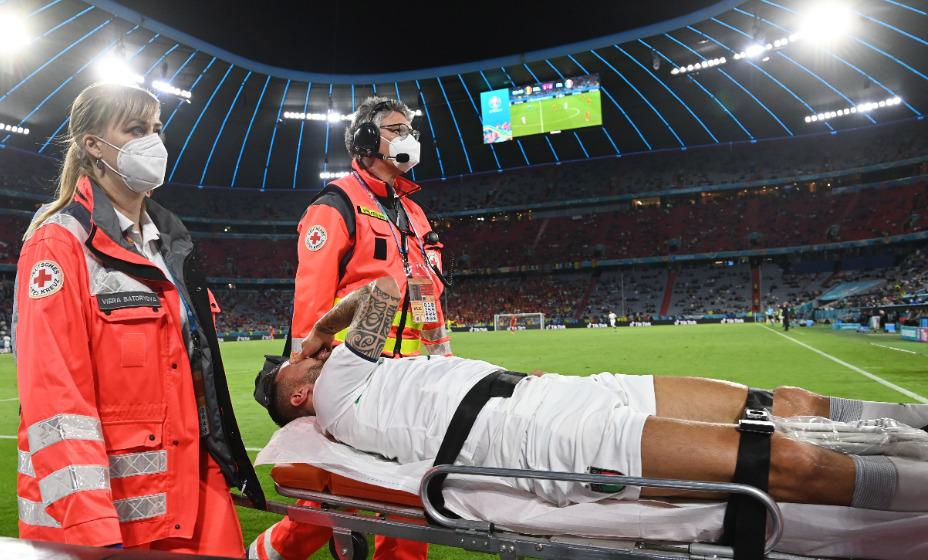 Спинаццола получил серьезную травму в матче с Бельгией. Он  выбыл на четыре месяца. Фото: Reuters