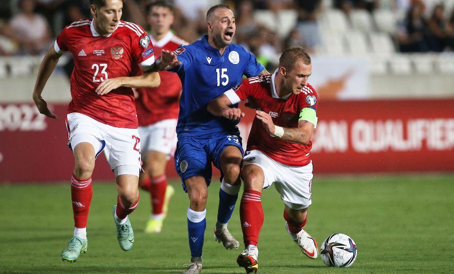 Капитаном сборной России в матче с Кипром неожиданно стал Дмитрий Баринов. Фото: Reuters